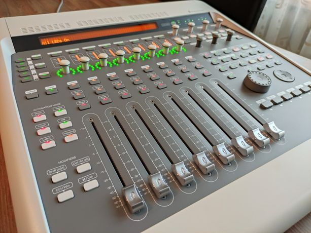 DIGIDESIGN Digi 003 Factory + Pro Tools 11 - interfejs i kontroler DAW