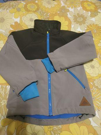 куртка весна осень на мальчика 5-6 лет на тонком флисе