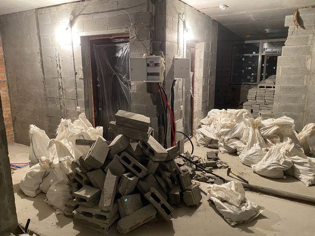 Демонтаж квартиры, стяжки пола, паркета, плитки, стен, перегородок. Вы