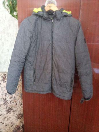Куртка осінь-зима на хлопця