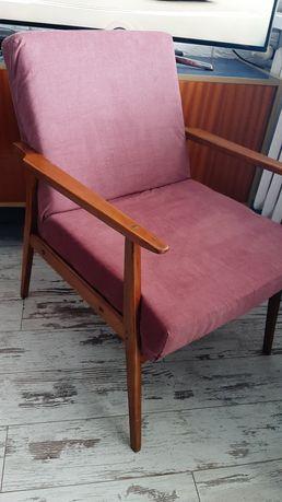 Fotel z czasów PRL