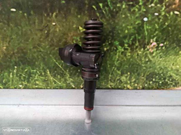 038130073AG  Injector SEAT LEON (1P1) 1.9 TDI