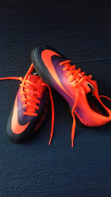 Obuwie Turfy Nike roz 38.5