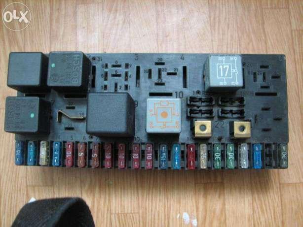 Блок предохранителей Монтажный блок Легковой Audi 80/90 B3/B4 Bosch