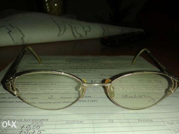 okulary ze szkłami przyciemniane do chodzenia dla kobiety do dali