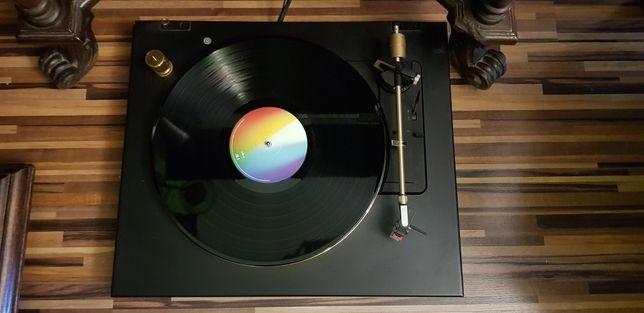 Gramofon GRUNDIG TT903 Fine Arts