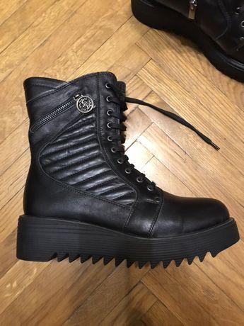 Ботинки на платформе, кожа, демисезонные, еврозима 38-39 р. (25 см)