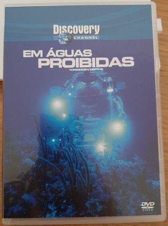 """DVD """"Em Águas Proibidas"""""""