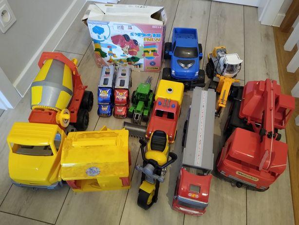 Zestaw 12 zabawek samochody, auta