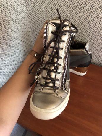 Итальянские ботинки