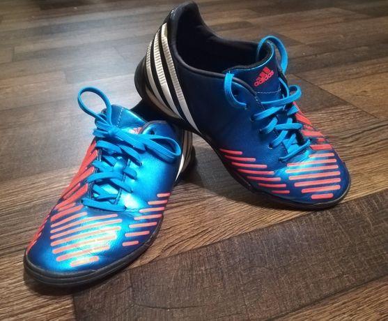 Adidas PREDATOR turfy rozmiar 35