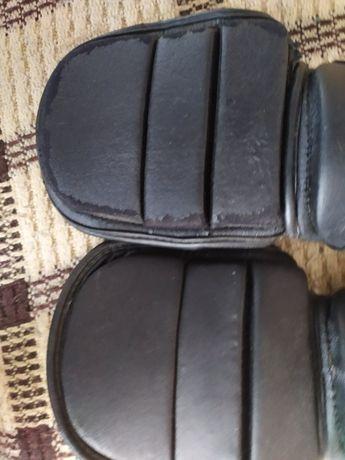 Ochraniacze na piszczele i stopy