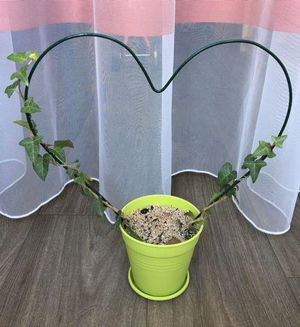 Лесенка (опора) металлическая в форме сердца (сердце, опора, декор)
