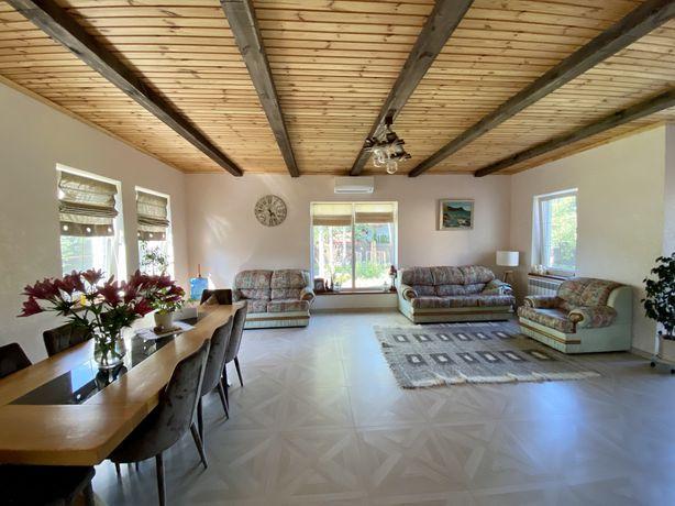 Продам дом с ремонтом для большой семьи в Ворзеле.