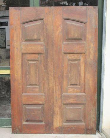 Antigas portadas em madeira