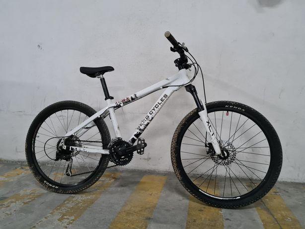 Bicicleta Berg Stuka