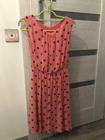 Lekka sukienka w kropki rozmiar 36
