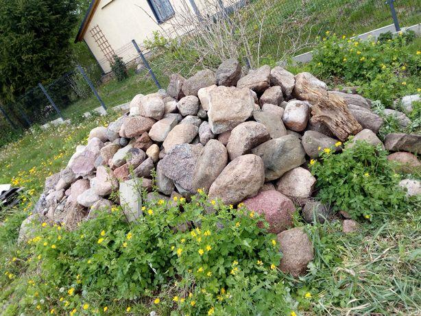 Kamień polny / Kamienie polne / Duża ilość / Całość