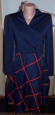 Шикарное, фирменное молодежное платье