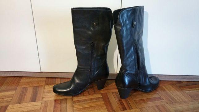 Botas de cano alto de pele pretas - tamanho 38