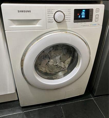Máquina de lavar Samsung (Em bom estádo)