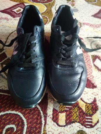 Красовки туфли 35рр-23 см кожа