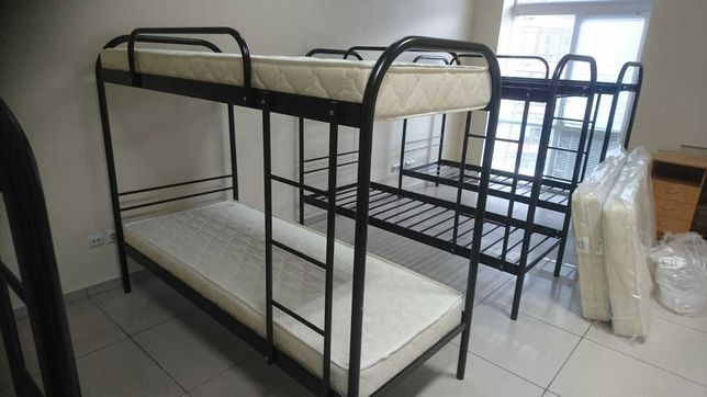 двухъярусная кровать, металлическая , двухэтажная ( читайте описание)