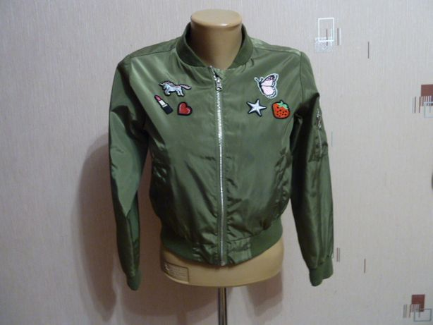 Young Dimension Куртка, бомбер на 10-11 лет в отличном состоянии длина