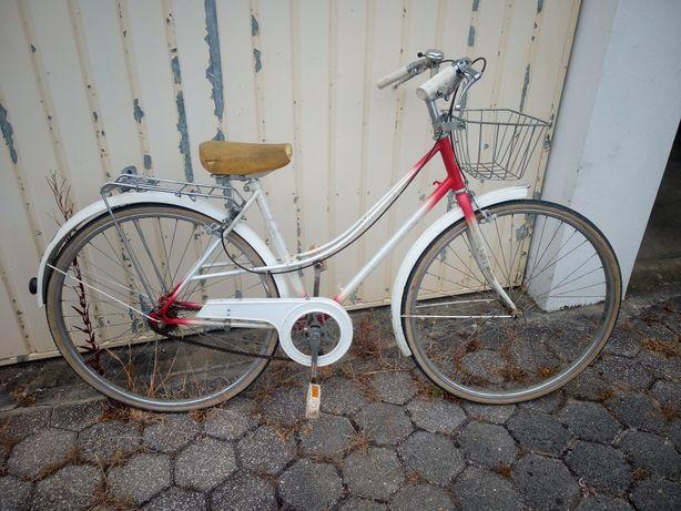 Bicicleta pasteleira mulher Mayta roda 26 usada + cassete 1v nova