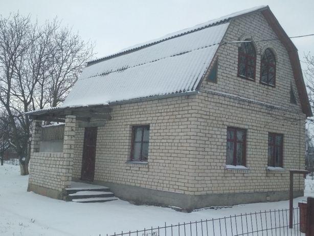 Кірпічний Будинок в Дубово