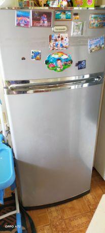 Обменяю холодильник