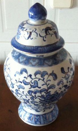 antigo pote pintado a mao