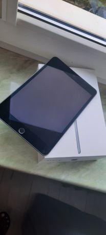 iPad mini 5 Wi-Fi Cellular 64GB Space Gray