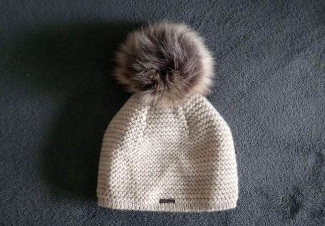 Nowa zimowa czapka damska z pomponem typu puszek