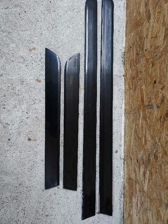 Audi A4 B6 Listwy dolne drzwi LZ9W