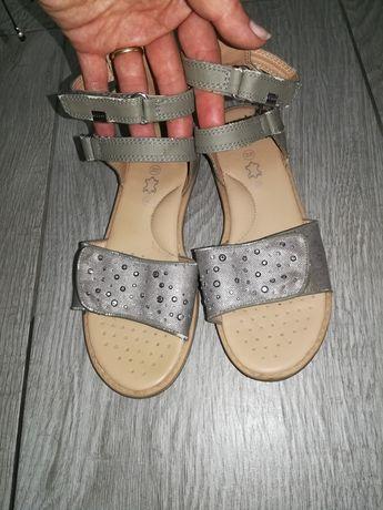 Sandałki dziewczęce Geox r. 34
