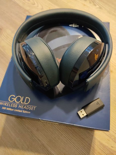 PlayStation Gold Wireless Headset 500 Million Limited Edition - PS4