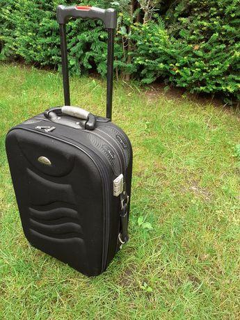Sprzedam walizkę 40x20x60