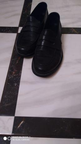 Чоловіче взуття,мешти
