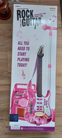 Gitara z mikrofonem
