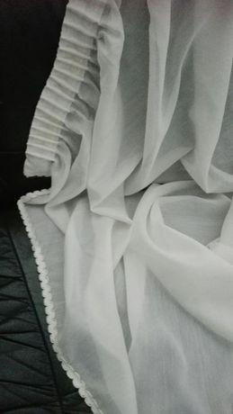 Par de cortinas quarto Al. 2.30 largura 1.83