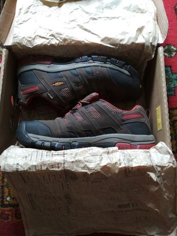 Продам обувь Keen б/у