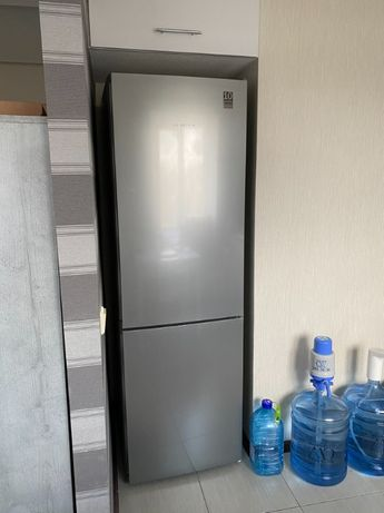 Холодильник Bosch KGN36V (Бош)