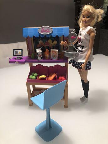 Stragan Barbie