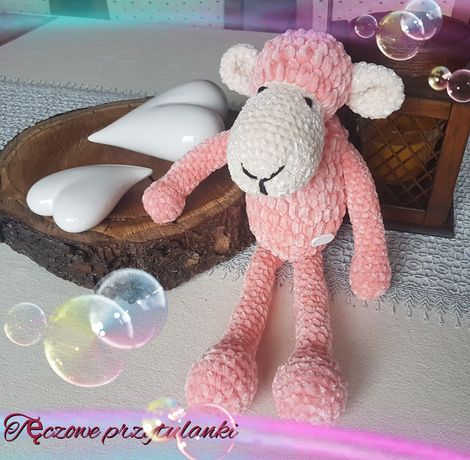 Owieczka Renia ręcznie robiona