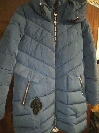 Продам теплу зимову куртку Воскресенка