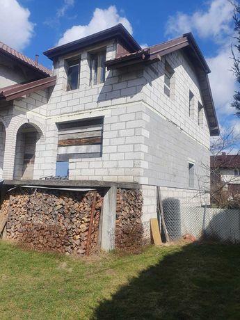 Dom w surowym stanie, Świetna lokalizacja 419 000 zł
