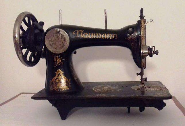 Máquina de Costura Naumann