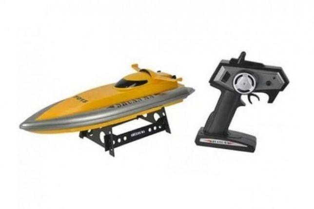 Радиоуправляемая игрушка катер / лодка 7013 на пульте радиоуправлении