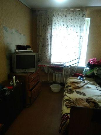 Аренда комнаты 11м.в трехкомнатной  пр. Свободы 24 Виноградарь